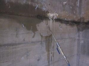 спиране на течове в бетон или камък, хидроизолация