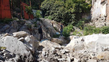 Разпукване на скали